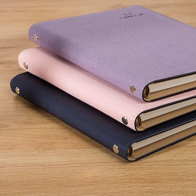 定制笔记本礼品时需要考虑到哪些因素?