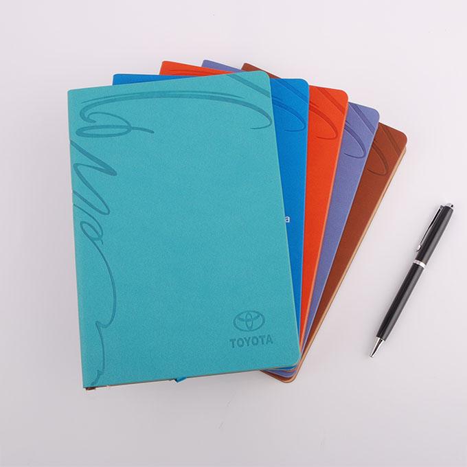 烙印花纹pu裱装笔记本